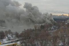 В Москве потушили пожар на территории Успенского храма в Строгино