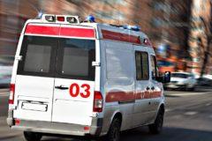 В Новосибирске врач скорой помощи руками сломал закрытый шлагбаум, чтобы проехать к пациенту