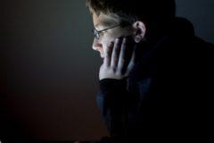 СКР: Интернет не является причиной подростковой преступности и суицидов