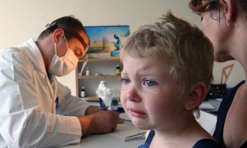 «Вызываю врача утром, а он приходит к обеду» – почему в поликлиниках все так