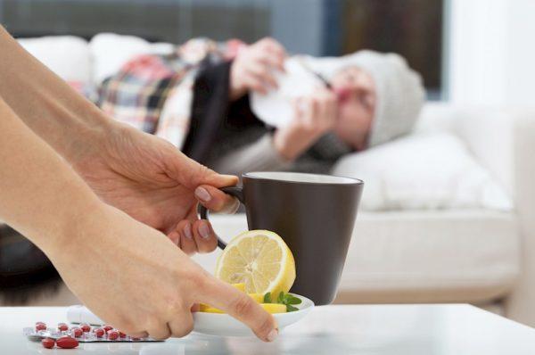 Лук, чеснок и витамины – надо ли лечить простуду и как защититься от вируса