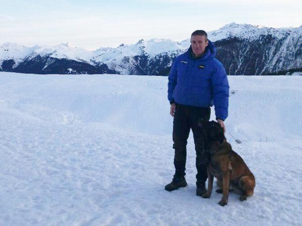«Это чудо»: В Альпах собака спасла ребенка, пролежавшего 40 минут под лавиной