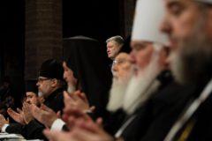 В Русской и Украинской Церквях автокефальный «собор» в Киеве назвали нелегитимным