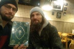 Житель Петербурга решил временно стать бездомным, чтобы рассказать о помощи людям без крова