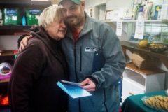 Бездомный нашел 17 тысяч долларов и отдал их в благотворительный фонд
