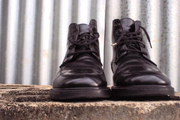 """""""Я открыл пакет и долго потом чесал голову: там были новые ботинки"""""""