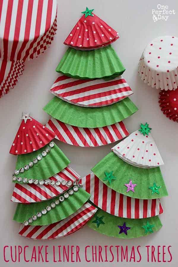 Новогодние поделки своими руками - елка из бумаги