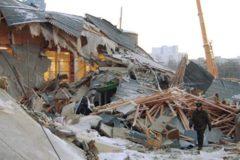 В подмосковном Дзержинском обрушилась крыша здания, пострадали 12 человек, есть погибшие