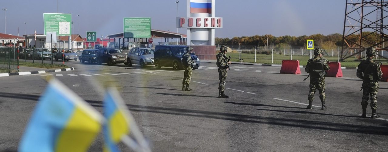 Попытки решить политические проблемы Донбасса силой обречены на провал – глава России