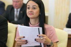 Свердловская чиновница Ольга Глацких получит выговор за слова о молодежи и продолжит работу