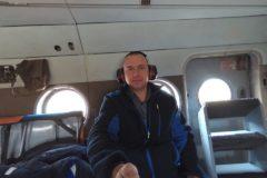 Камчатский врач спас на борту самолета женщину, которой потребовалась срочная операция