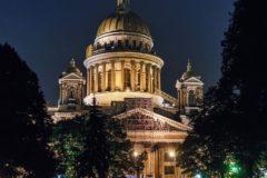 Депутаты попросили петербургского губернатора не отдавать Исаакиевский собор Церкви