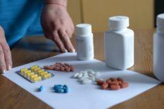 Минздрав для экономии заменит эффективное лекарство от гепатита С на устаревшее