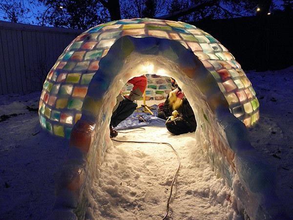 Иглу из льда и рисование на снегу. 5 новых идей для зимних прогулок с детьми