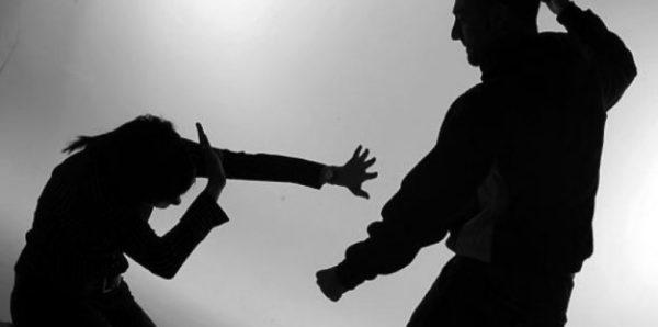 Большинство россиян назвали важной проблему насилия в отношении женщин
