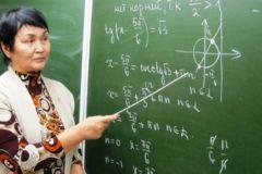 Министр просвещения сообщила о нехватке педагогов в российских школах