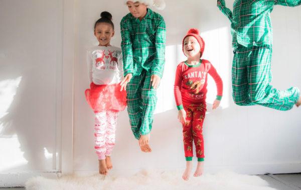 Однажды мы прибили елку к стене – это было лучшее Рождество моих детей