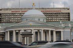 Из института Склифосовского из-за угрозы взрыва эвакуировали более двух тысяч человек