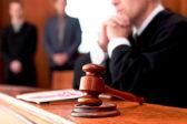 Обвинение попросило почти 10 лет колонии для напавшего на школу в Перми подростка