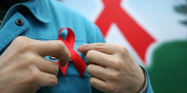 ВИЧ-инфицированных предлагают бесплатно лечить по месту пребывания
