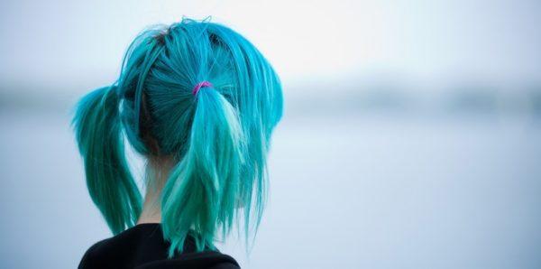 Власти разрешили пермским школьникам красить волосы и носить пирсинг
