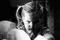 Плохо спит и огрызается – что скрывает плохое поведение ребенка