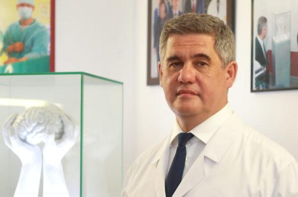 Нейрохирург Альберт Суфианов: Нужно работать очень четко, как сапер