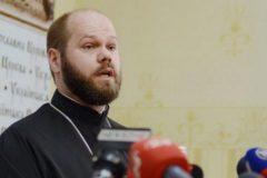 Юрист УПЦ: Общины переходят не в новую церковь, а в Киевский патриархат