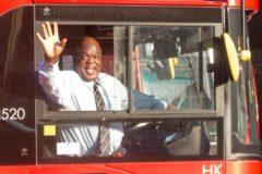 Бездомный британец после 20 лет жизни на улице стал «самым счастливым водителем Лондона»