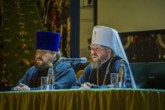 Митрополит Тихон (Шевкунов) отменил денежные подношения для псковских священников