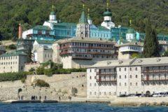 Афонские монахи отказались ехать на интронизацию главы новой украинской церкви