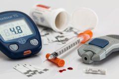 Россиянам будут бесплатно выдавать наборы для введения инсулина