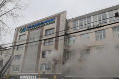 Прохожие спасли беременную женщину во время пожара в Перми