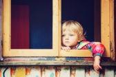 Оставила без присмотра. Почему органы опеки сразу изымают ребенка