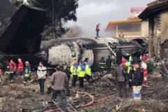 Бортинженер выжил в крушении самолета под Тегераном