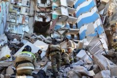 Тело восьмого погибшего обнаружено под завалами дома в Магнитогорске