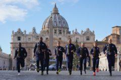 Ватикан создал сборную по легкой атлетике, в которую вошли священники и монахиня