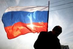 Опрос: 45% россиян считают, что страна движется по неверному пути