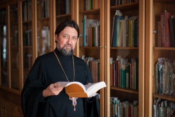 Протоиерей Максим Козлов: об уникальных фондах Синодальной библиотеки и новом развитии центра книжности