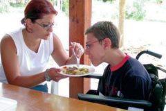 Родители детей-инвалидов просят президента ускорить принятие закона о распределенной опеке