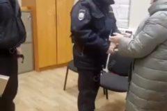В Кирове задержали заведующую поликлиникой по делу о гибели девочки в запертой квартире