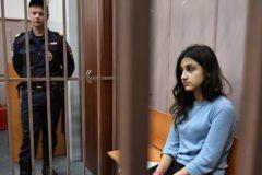 Суд выписал из квартиры старшую из сестер Хачатурян по иску бабушки