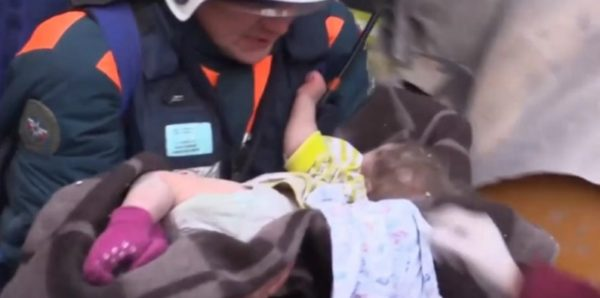 Ваню Фокина, спасенного из-под завалов дома в Магнитогорске, выпишут 14 февраля