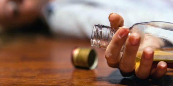 Смертность от алкоголя в России снизилась на 18% за год