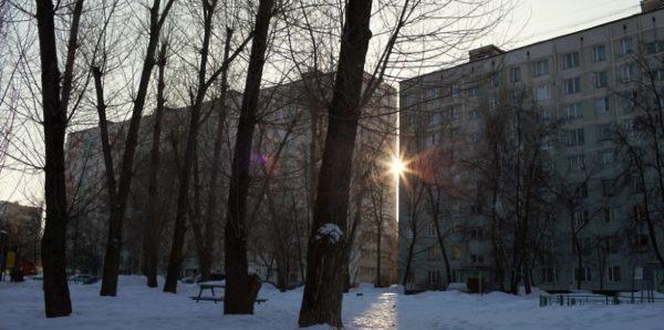 В Подмосковье мать с ребенком выжили после падения с девятого этажа