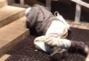Привезенного скорой мужчину выкинули из больницы на улицу в Петрозаводске