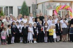 Детский омбудсмен назвала недопустимыми действия ростовской опеки, забирающей детей из приюта в Москве
