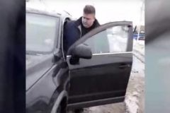 """В Брянской области уволят директора УК, который пригрозил женщине """"хлопнуть в рыло"""""""