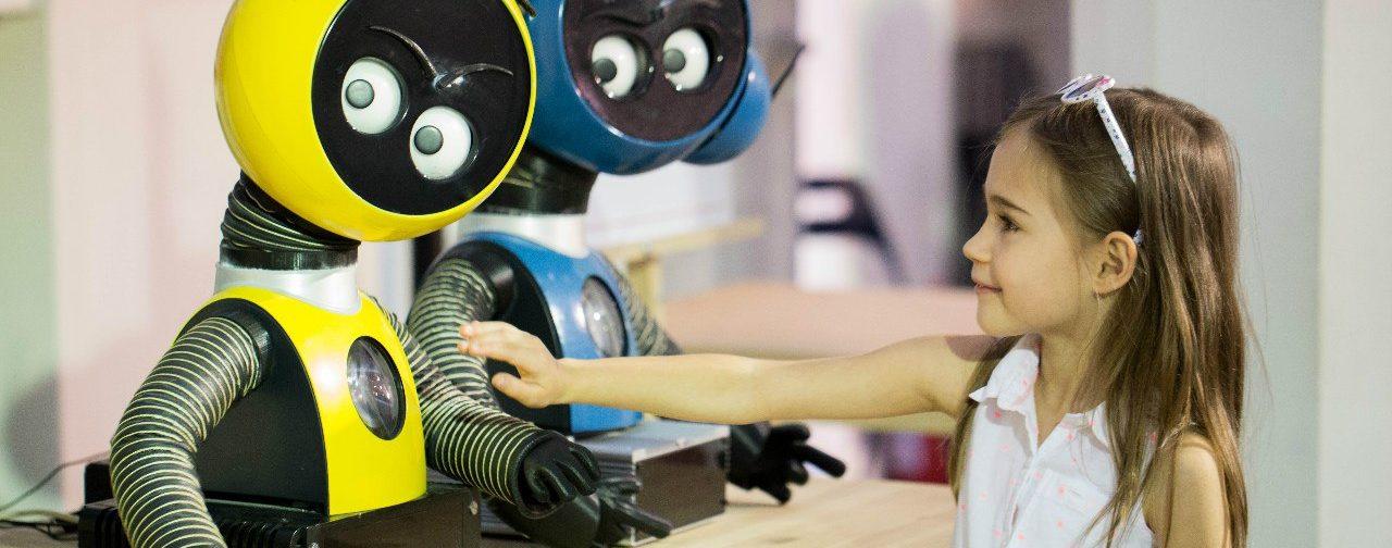 Искусственный интеллект уничтожит многие профессии. Какую работу выбрать нашим детям?