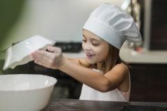 «Ну кто же так делает?» Дочка все поняла, и желание готовить пропало
